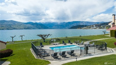 Chelan Condo/Townhouse For Sale: 100 Lake Chelan Shores Dr #4-1