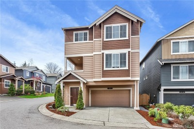 Lake Stevens Condo/Townhouse For Sale: 1202 93rd Dr NE