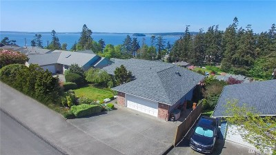 Camano Island Single Family Home For Sale: 852 Gladstone Dr