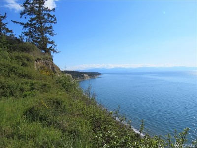 Oak Harbor Residential Lots & Land For Sale: 2152 W Beach Rd