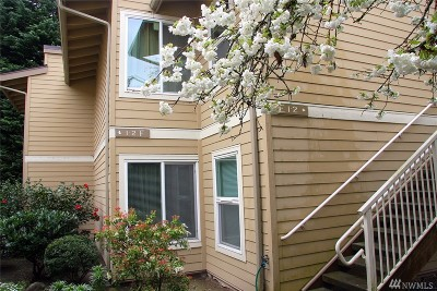 Bellevue Condo/Townhouse For Sale: 14651 NE 40th St #F-1