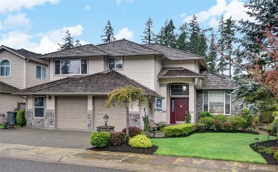 Sammamish Single Family Home For Sale: 523 235th Ave NE