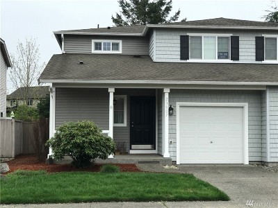 Maple Valley Single Family Home For Sale: 23907 SE 282nd St
