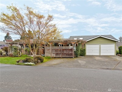 Single Family Home For Sale: 2630 171st Ave SE