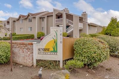 Everett Condo/Townhouse For Sale: 1410 W Casino Rd #9