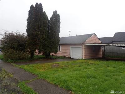 Single Family Home For Sale: 308 N Clark St