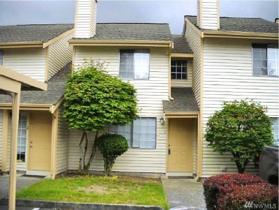 Everett Condo/Townhouse For Sale: 115 124th St SE #C3