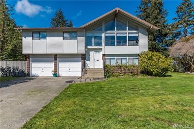 Oak Harbor Single Family Home For Sale: 83 SW Jib St