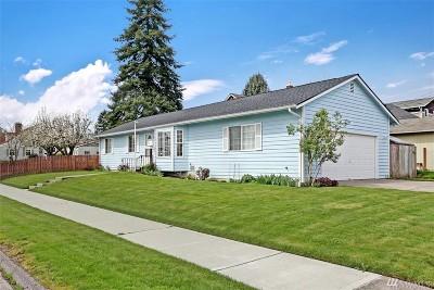 Everett Single Family Home For Sale: 2429 Chestnut St