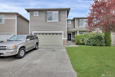 Puyallup Single Family Home For Sale: 9433 184th St E