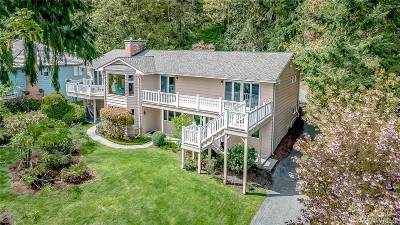 Mercer Island Single Family Home For Sale: 8395 E Mercer Wy