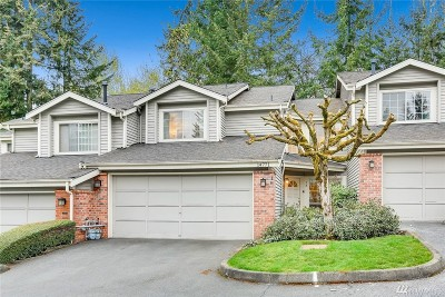 Bellevue WA Condo/Townhouse For Sale: $748,000
