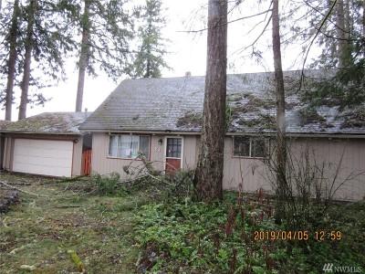 Shelton Single Family Home For Sale: 24 E Cherry Park