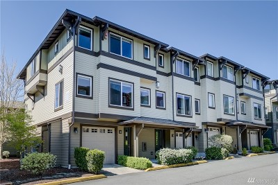 Bothell Condo/Townhouse For Sale: 2115 201st Place SE #L1