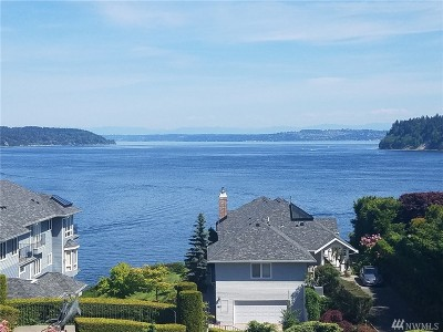 Gig Harbor Condo/Townhouse For Sale: 7221 Soundview Dr #309