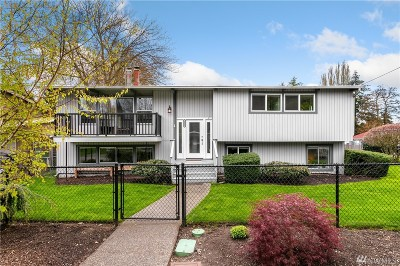 Shoreline Single Family Home For Sale: 2305 N 156th Place