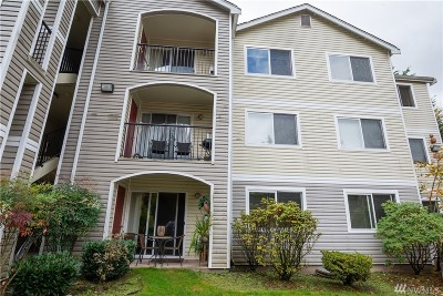 Bothell Condo/Townhouse For Sale: 10721 Valley View St #B-202