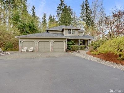 Maple Valley Single Family Home For Sale: 25147 238th Ave SE