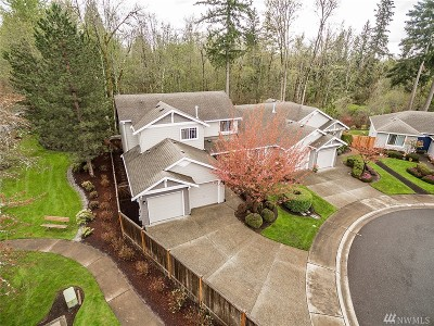 Sammamish Single Family Home For Sale: 489 243rd Place SE