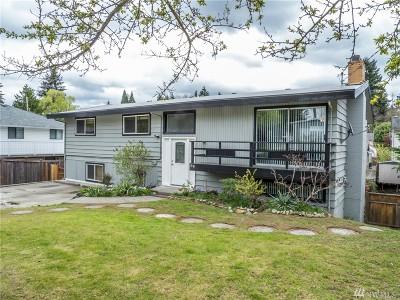 Renton Single Family Home For Sale: 1916 Camas Ave NE