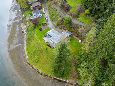 Olympia Single Family Home For Sale: 4811 Sunrise Beach Rd NW