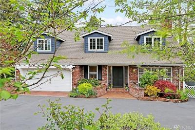 Medina Single Family Home For Sale: 8420 NE 10th St