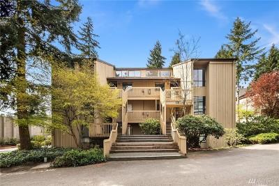 Bellevue Condo/Townhouse For Sale: 10922 NE 34th Place #6