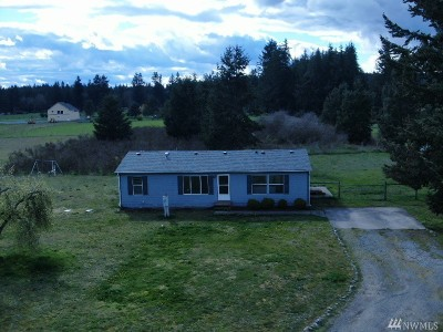 Yelm Single Family Home Pending Inspection: 11615 Vail Rd SE
