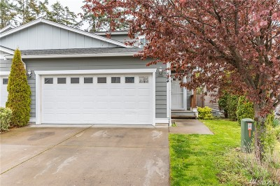 Oak Harbor Single Family Home For Sale: 544 NW Oxford Place