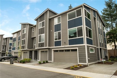 Lynnwood Single Family Home For Sale: 3312 156th St SW #C4