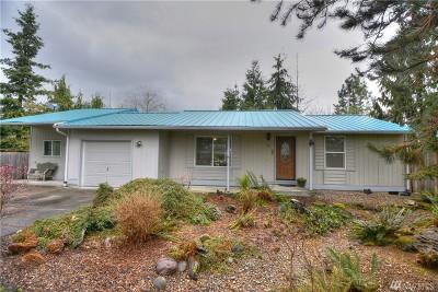Single Family Home For Sale: 321 Cedar Ct
