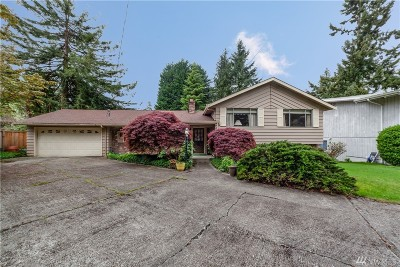 Bellevue WA Single Family Home For Sale: $720,000