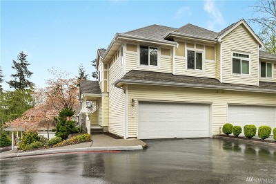 Bellevue WA Condo/Townhouse For Sale: $450,000