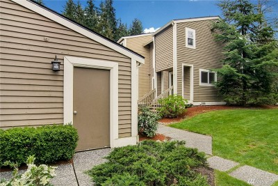Kirkland Single Family Home For Sale: 11803 NE 105th Lane
