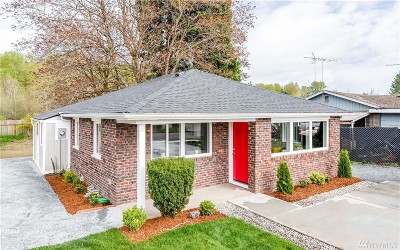 Single Family Home For Sale: 7609 A St