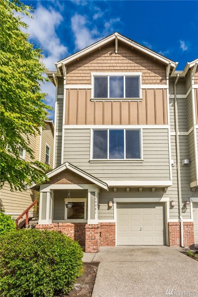 Bothell Condo/Townhouse For Sale: 24041 SE 40th Lane