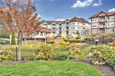 Bellingham Condo/Townhouse For Sale: 251 W Bakerview Rd #105