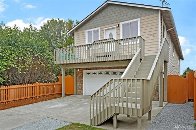 Seattle Single Family Home For Sale: 109 SW 108th St
