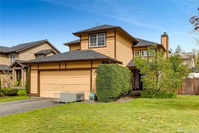 Maple Valley Single Family Home For Sale: 24724 237th Place SE