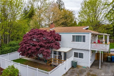 Lynnwood Multi Family Home For Sale: 15831 44th Ave W #A&B