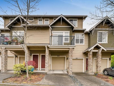 Issaquah Condo/Townhouse For Sale: 1913 16th Lane NE