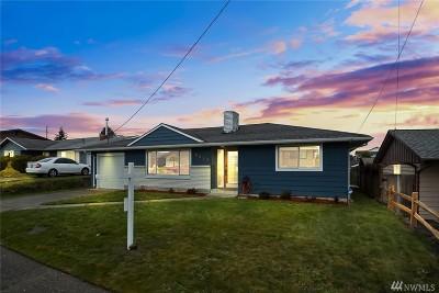 Everett Single Family Home For Sale: 2217 Jade Ave