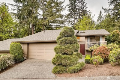 Bellevue WA Single Family Home For Sale: $725,000