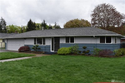 Puyallup Single Family Home For Sale: 616 10th Ave SE