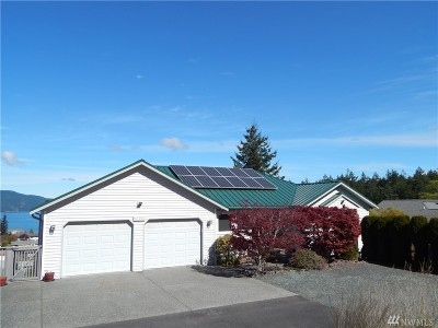 Anacortes Single Family Home Pending: 3420 W 8th Place