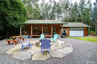 Anacortes Single Family Home Pending: 4217 Ginnett Rd