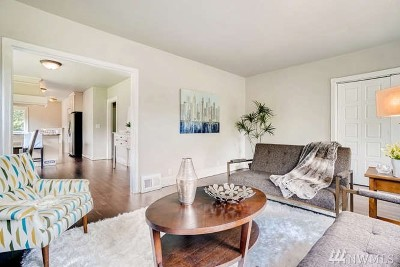 Bothell Single Family Home For Sale: 20203 Filbert Dr