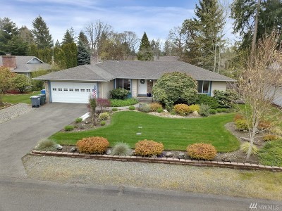 Lakewood Single Family Home For Sale: 7611 91st Ave SW