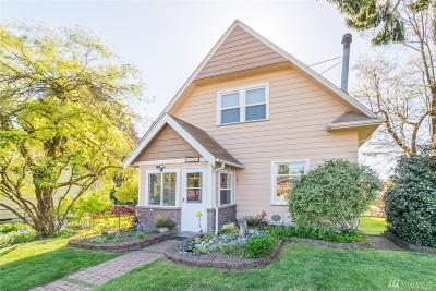 Single Family Home For Sale: 1220 N Huson St
