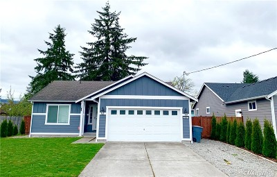 Pierce County Single Family Home For Sale: 302 SE Bridge St